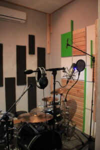 desain interior studio musik