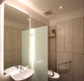 Desain Interior Restroom & Kamar Mandi